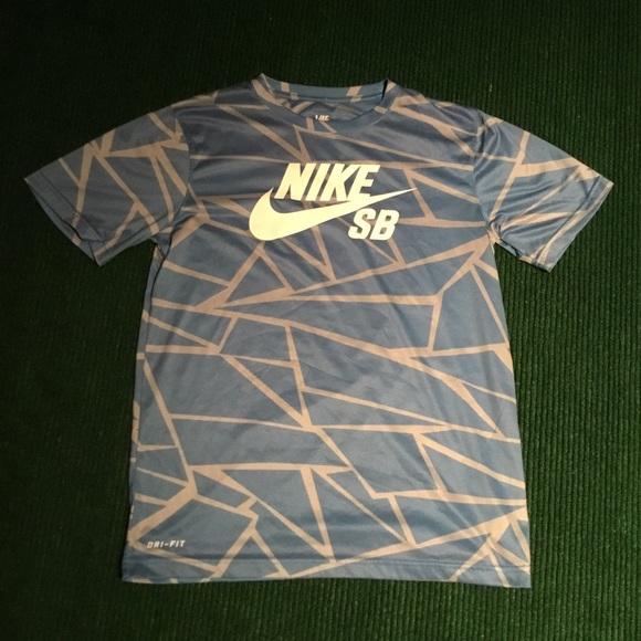2602f37a1f57 Nike SB logo t shirt skate check logo. M 5b9f37be2beb79bd10d7db67